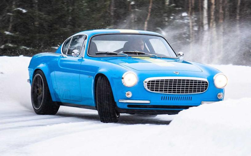 Карбоновый спорткар на базе старого Volvo устроил гонку в снегах. Видео