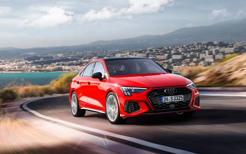 Audi привезла в Россию 290-сильные хэтчбеки и седаны S3 нового поколения