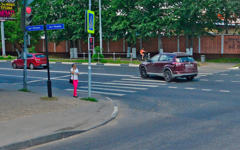 Штраф 5 тысяч или лишение: водителям напомнили о вредной привычке