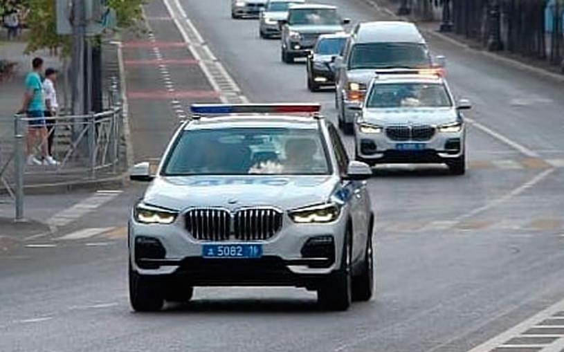 В ГИБДД Татарстана показали новые патрульные BMW X5