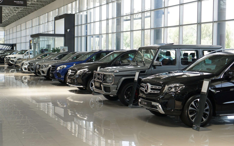 За две недели четыре компании изменили цены на автомобили в России