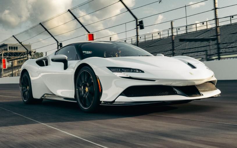 Видео: 1000-сильная Ferrari установила рекорд трассы «Индианаполис»