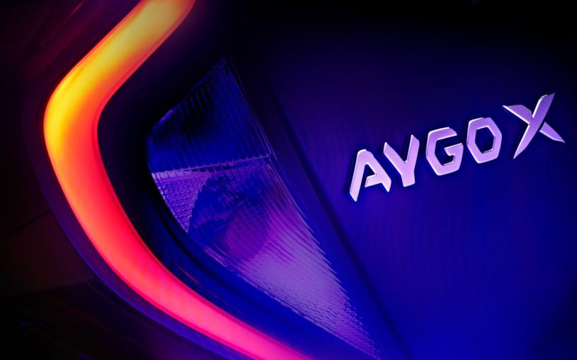 Toyota объявила сроки премьеры нового бюджетного кроссовера