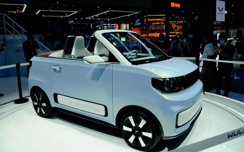 Самый популярный китайский электрокар превратили в кабриолет