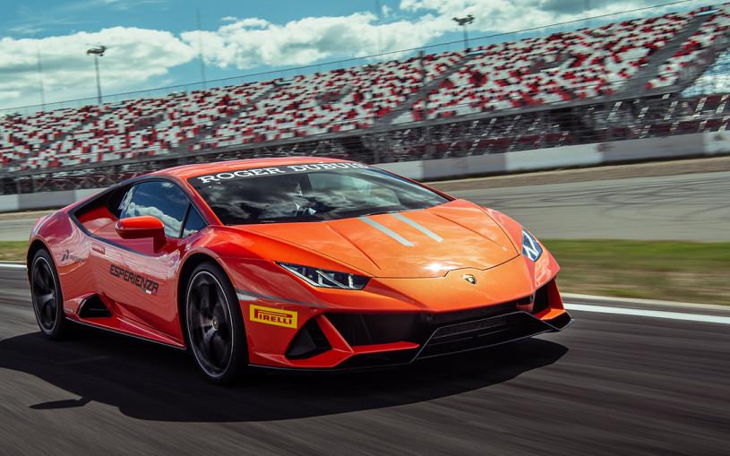 Лев в клетке. Тест-драйв Lamborghini Huracan EVO