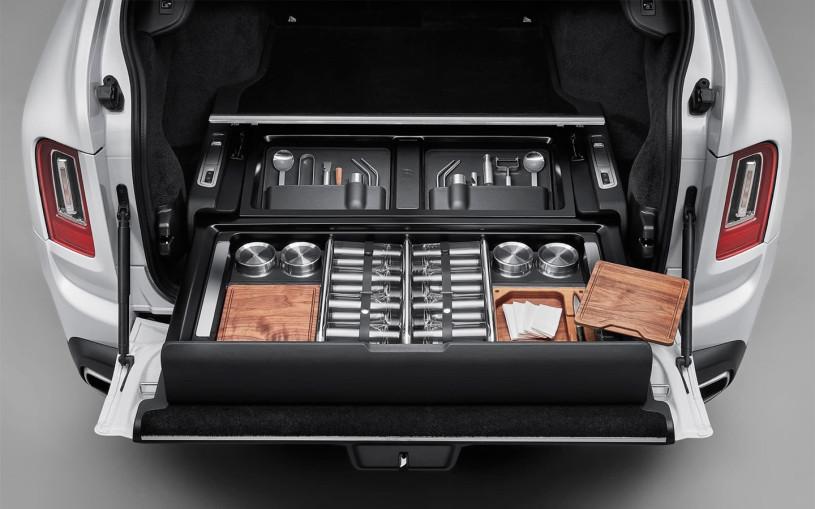 Владельцам Rolls-Royce предложили докупить роскошный ящик для мелочей