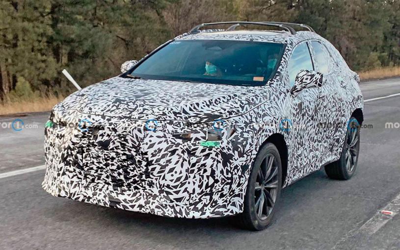 Lexus начал испытания кроссовера NX нового поколения