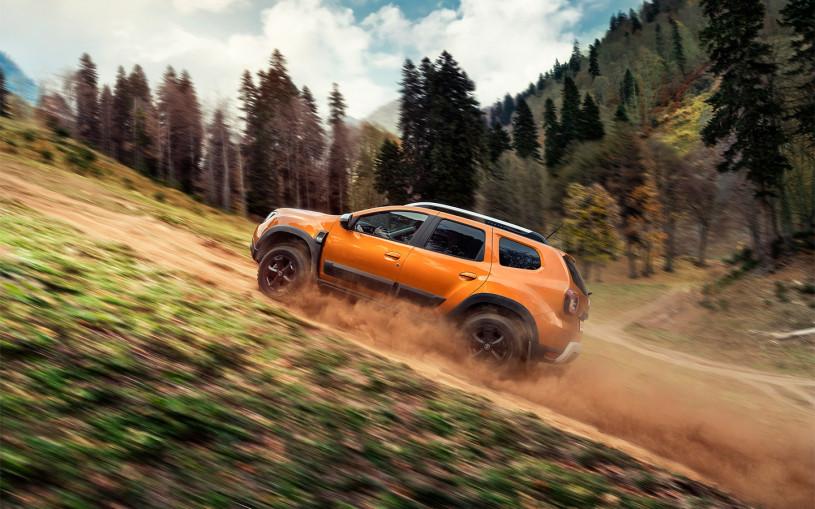 Обновленный кроссовер Dacia Duster показали на видео