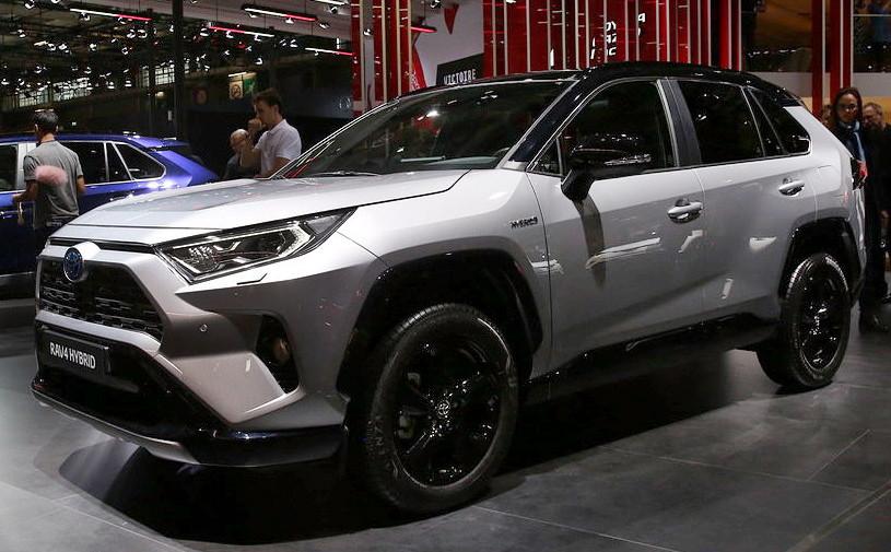 Новый Toyota RAV4 остался без дизельного мотора в Европе