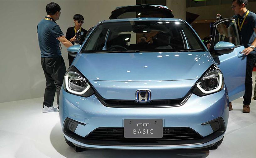 Новый Honda Jazz получил гибридную установку с двумя электромоторами