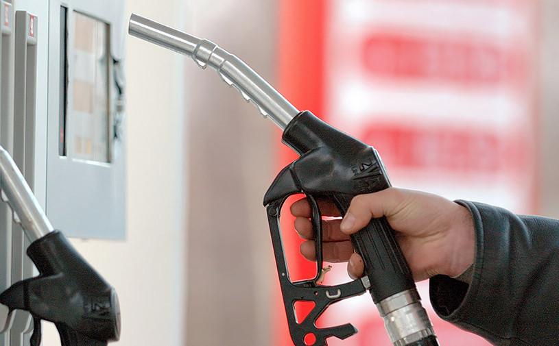 Правительство готово снизить акцизы на бензин