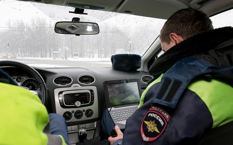 Скрытым патрулям разрешат фиксировать разговоры по телефону