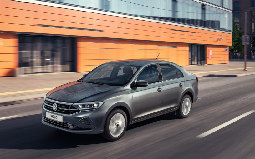 Volkswagen начал поставки нового Polo российским дилерам