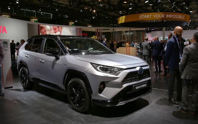 Новые Toyota RAV4 и Corolla: что изменилось