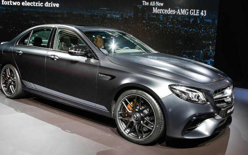Mercedes-Benz представил самый быстрый E-Class в истории