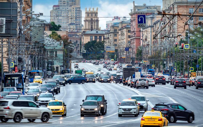 В Госдуме предложили ввести 50% скидку на транспортный налог