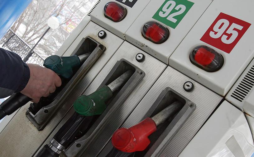 Независимым АЗС разрешили поднять цены на бензин