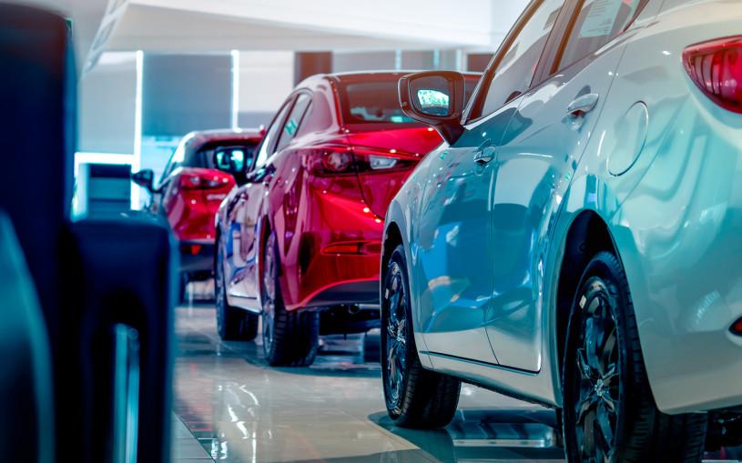 Продажи новых автомобилей в России выросли почти на 134%