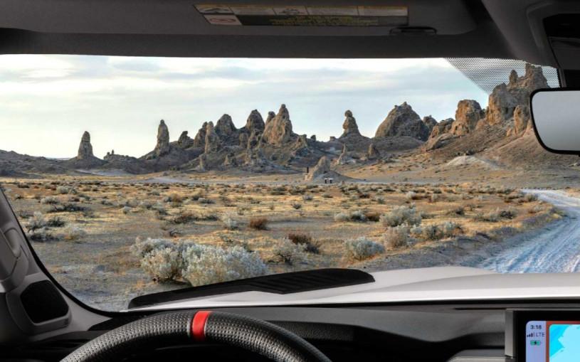 Toyota показала интерьер новой Tundra