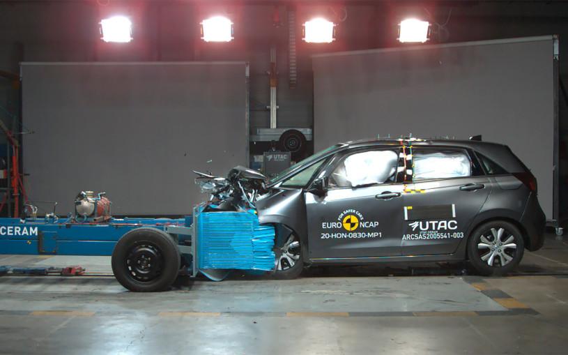В Euro NCAP проверили безопасность новых Mazda MX-30и Honda Jazz