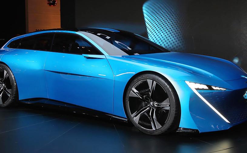 Peugeotпоказал гибридный концепт с автопилотом