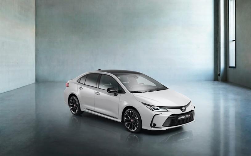 Toyota показала спортивную Corolla для России