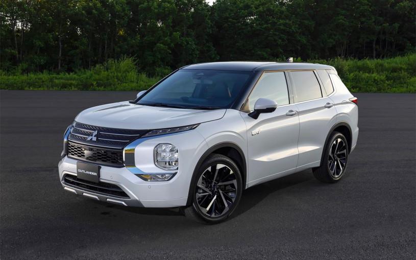 Mitsubishi рассекретил дизайн гибридного Outlander нового поколения