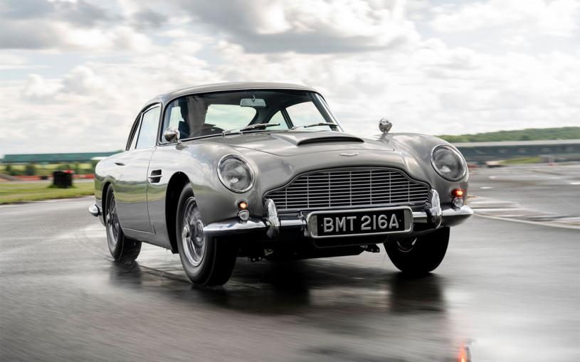 Aston Martin выпустил копию DB5 Джеймса Бонда