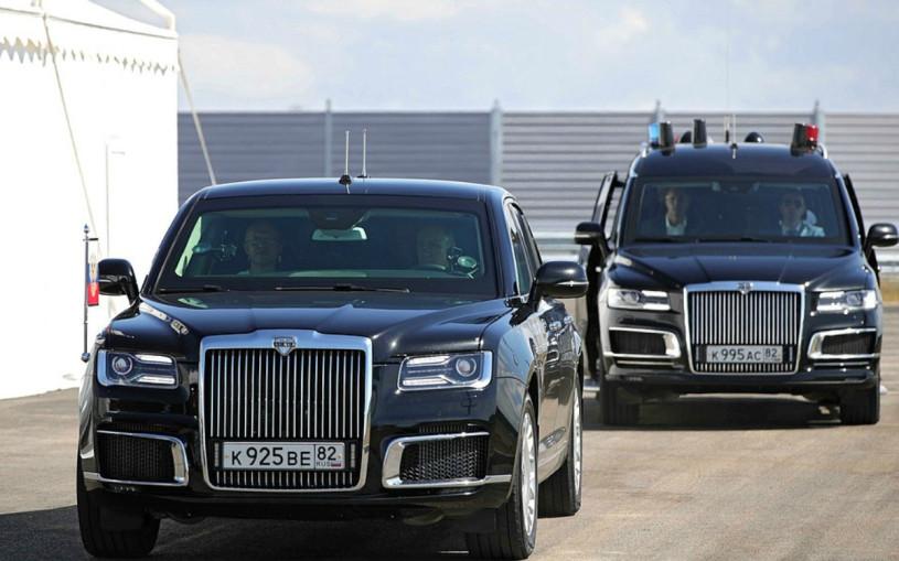 Путин проехал по новой трассе «Таврида» в Крыму за рулем Aurus