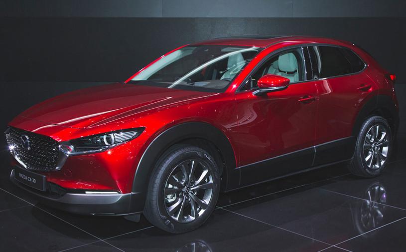 Mazda выпустила кроссовер на базе новой «тройки»