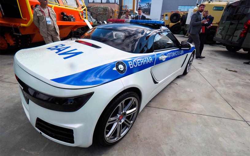 В России создали скоростной родстер для полиции. Фото