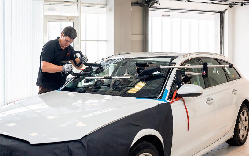 5 ошибок при замене лобового стекла. О чем нужно помнить водителям