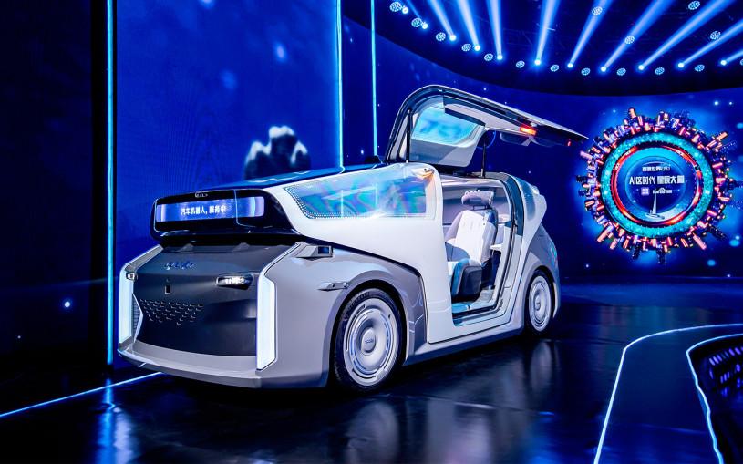 Китайский ИТ-гигант Baidu выпустил «робомобиль» без руля и педалей