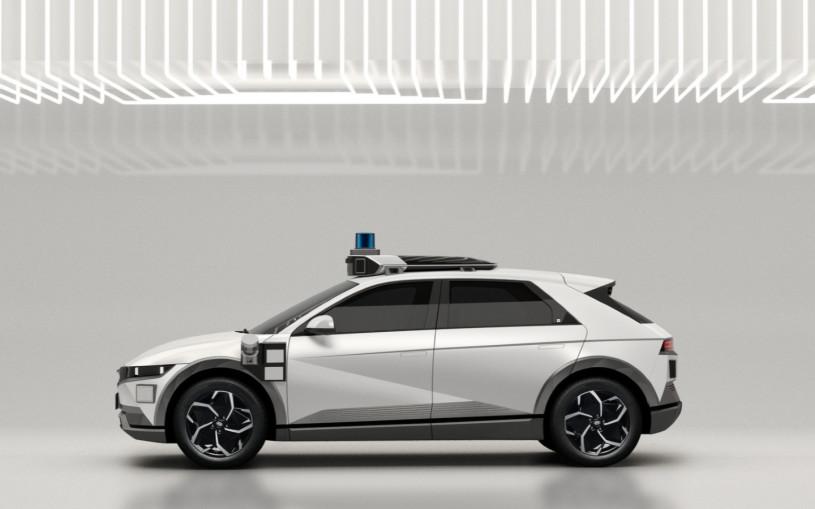 В США выпустили роботакси на базе нового кроссовера Hyundai