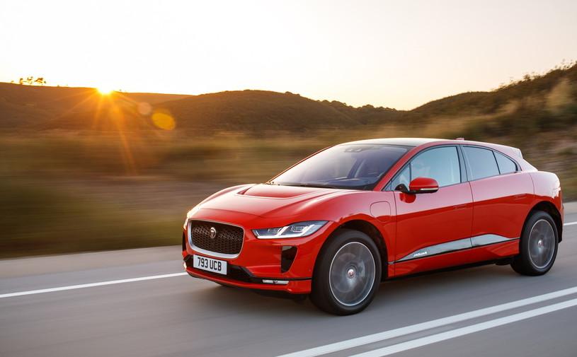 Jaguar снизил российские цены на кроссовер I-Pace