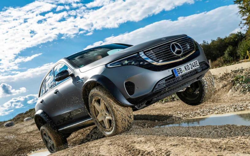 Mercedes представил кроссовер в качестве буксировщика для вейкбординга