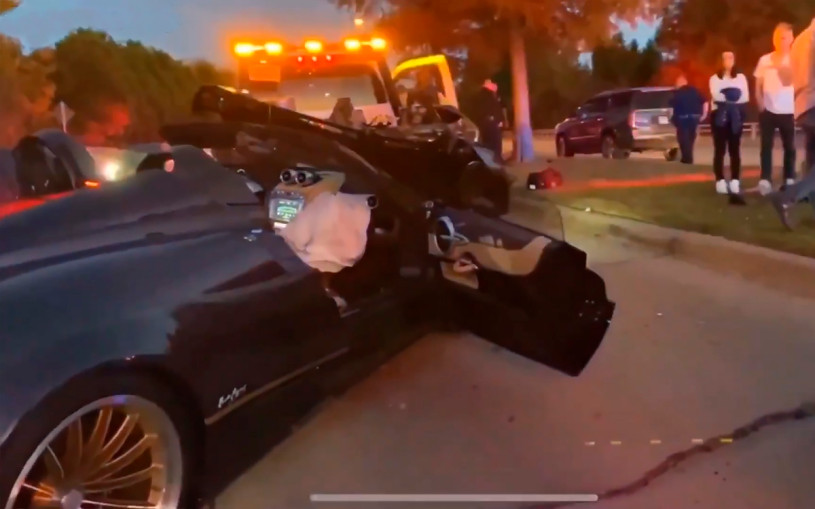 В США подросток разбил суперкар Pagani Huayra за 3,4 миллиона долларов