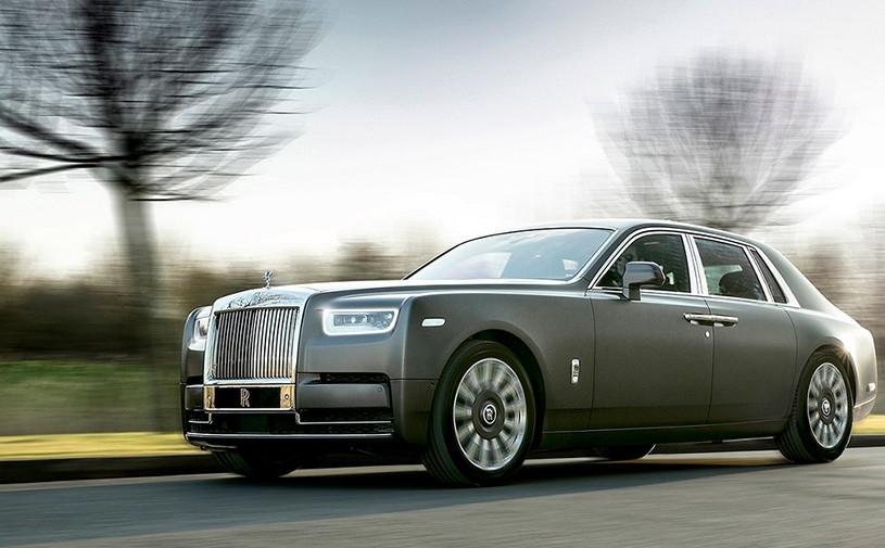 Rolls-Royce Phantom получил спецверсию в честь гранд-турера прошлого века