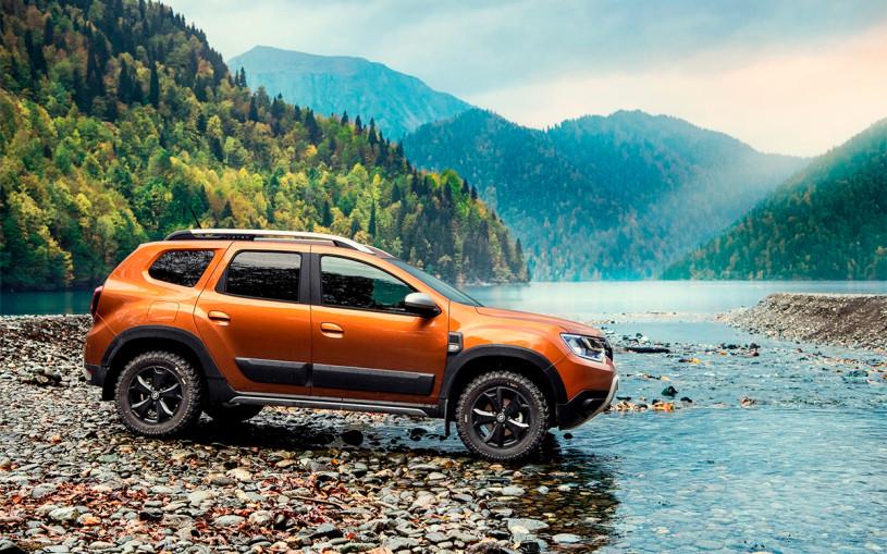 Появились первые снимки салона нового Renault Duster для России