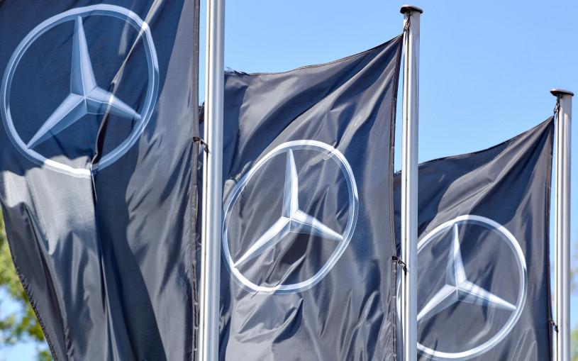Mercedes отзывает 1,3 млн машин
