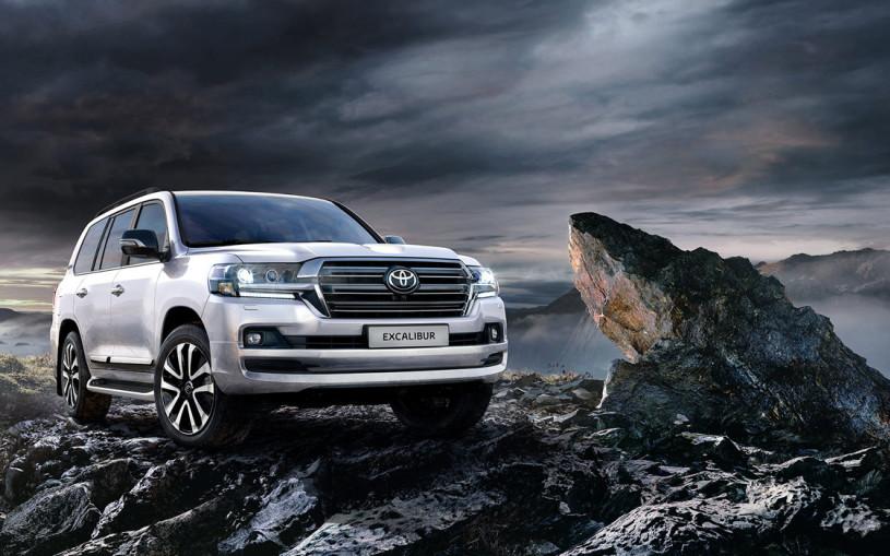 Toyota представила самый дорогой Land Cruiser для России