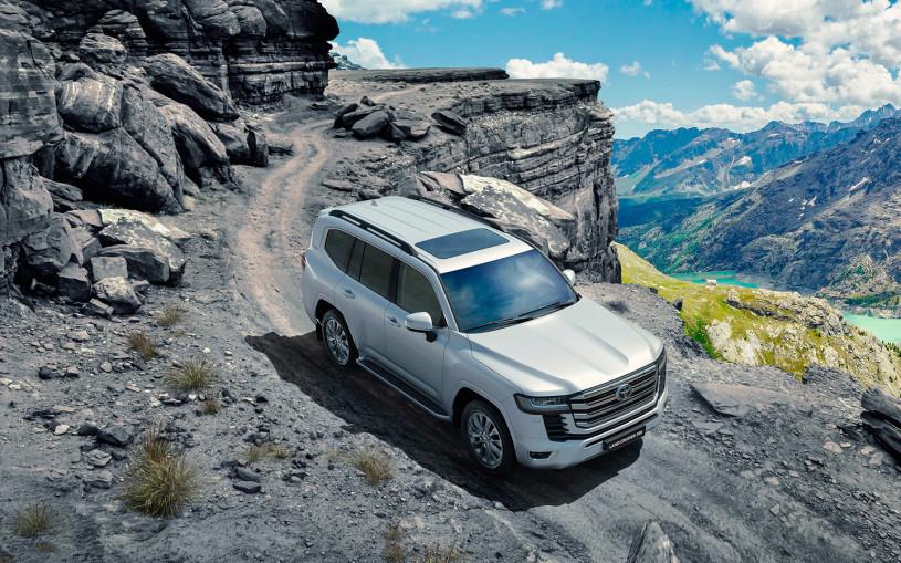 Toyota Land Cruiser 300: ответы на главные вопросы о новинке
