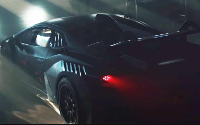 Lamborghini показала на видео новый трековый суперкар