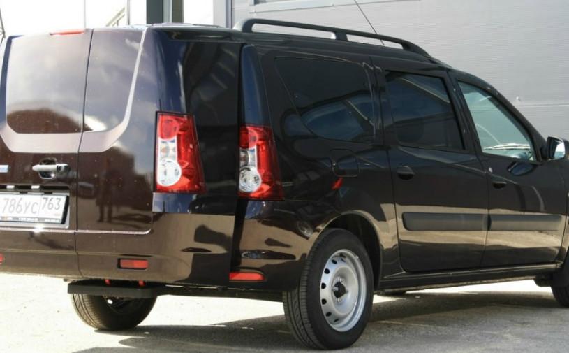 Для Lada Largus впервые стал доступен двойной багажник