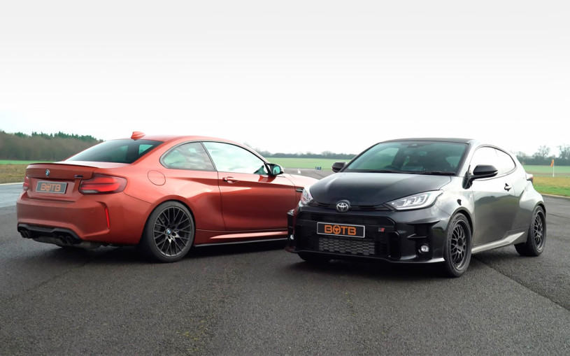 Гонку Toyota Yaris и BMW M2 показали на видео