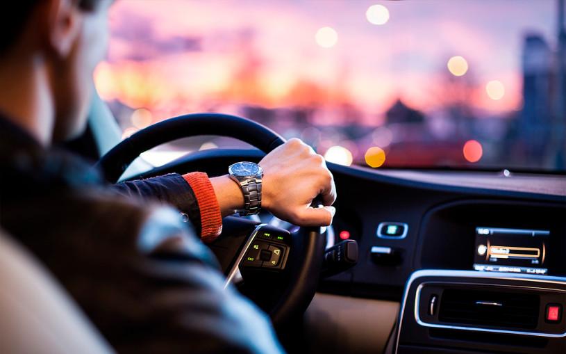 В ГИБДД назвали время наступления усталости за рулем