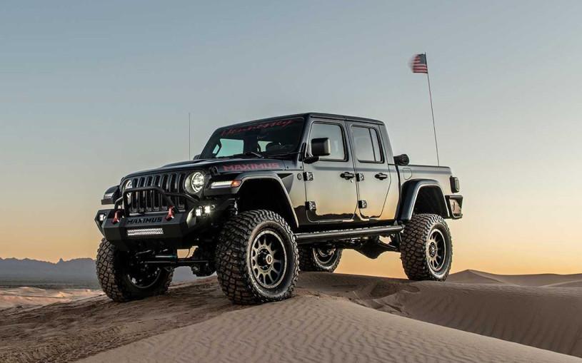 Видео: 1000-сильный Jeep Gladiator показал свои возможности в пустыне