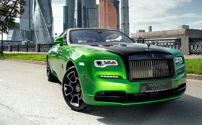 Rolls-Royce представил спецверсии Wraith для России