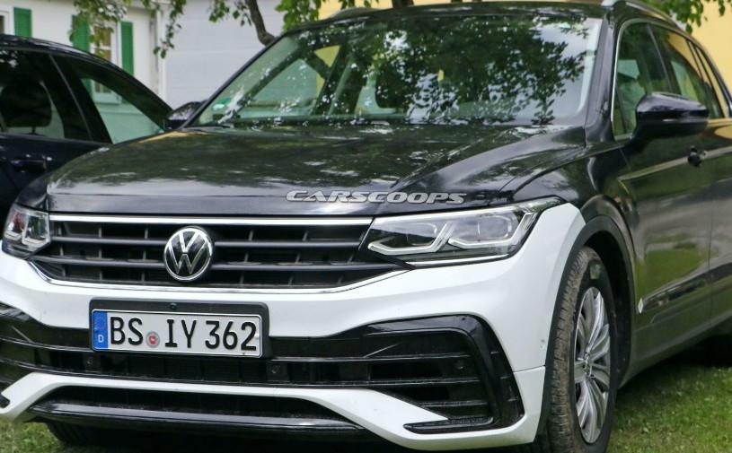 Обновленный Volkswagen Tiguan сфотографировали без камуфляжа