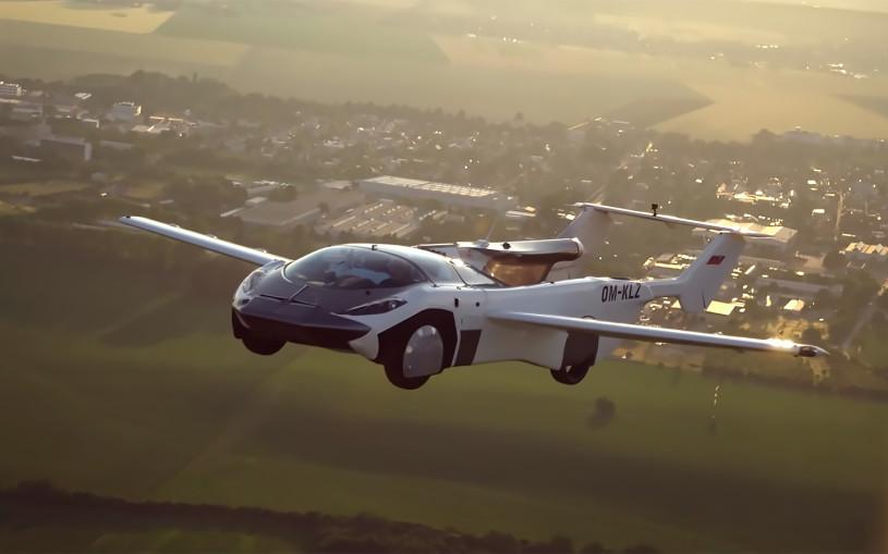 Летающий автомобиль впервые совершил междугородний полет. Видео